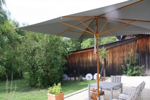 Palladio 4x4m ohne Volant, italienischer Marktschirm aus Holz, Acryl-Tuch in Sonderfarbe schiefer