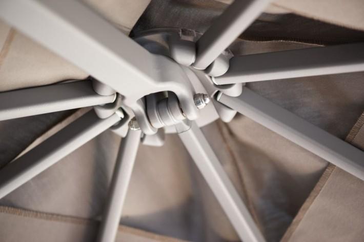 Z Multipole, Alu-Ampelschirm-Anlage mit Gasdruckfeder-Öffnung